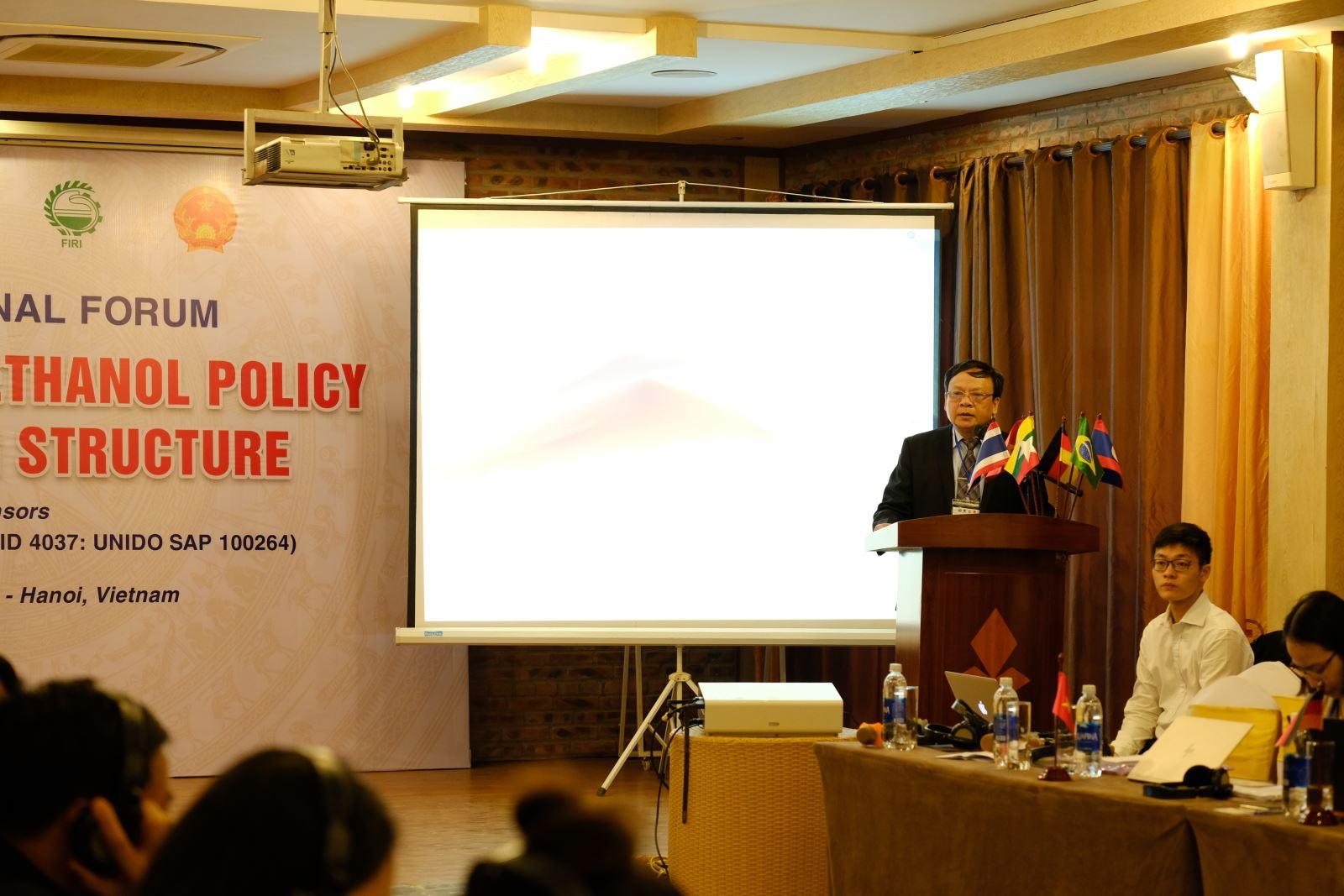PGS. TS. Lê Đức Mạnh, Viện trưởng Viện Công nghiệp thực phẩm, Giám đốc dự án tại Việt Nam đã phát biểu khai mạc diễn đàn