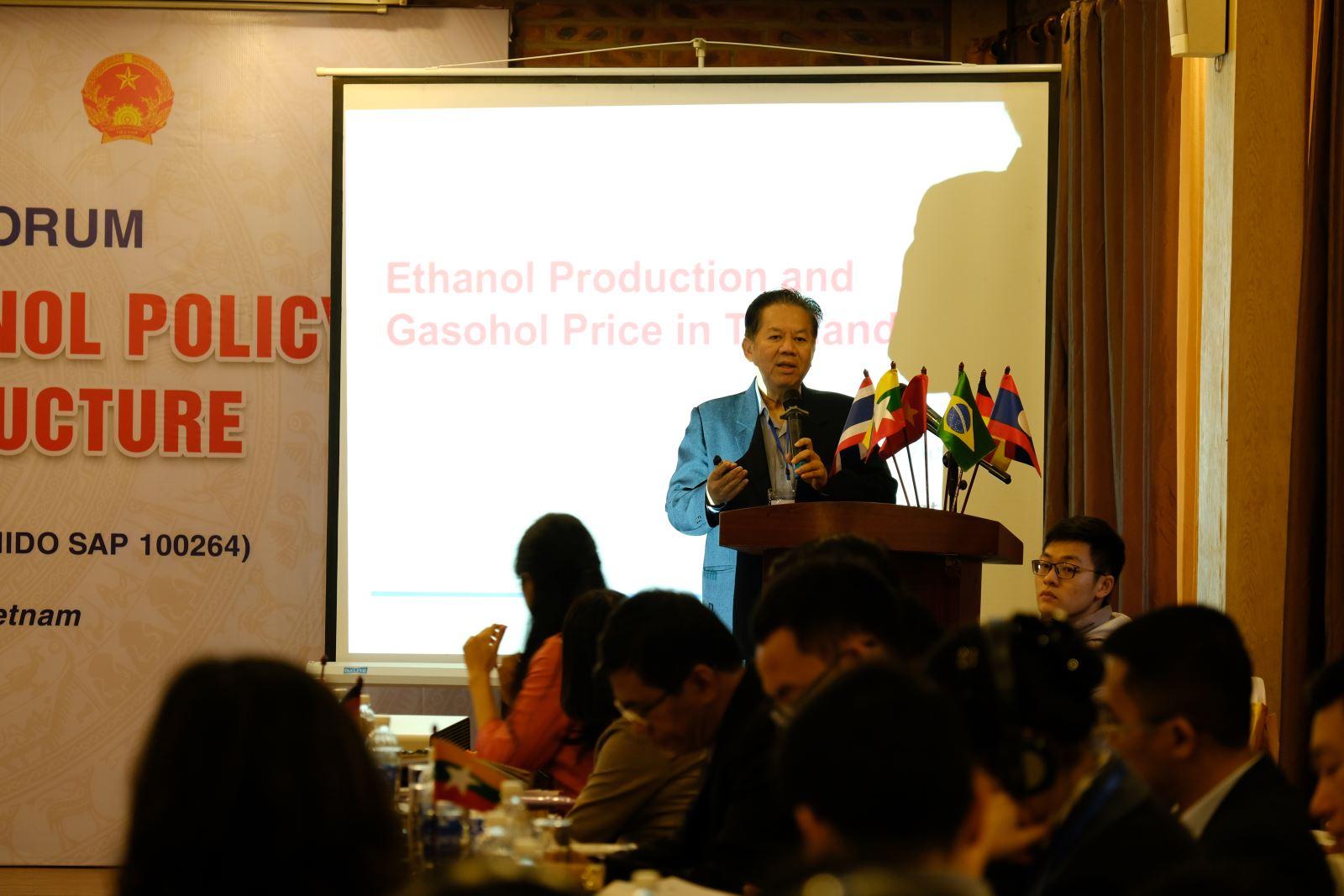 TS. Athikom Bangviwat – Đại học Công nghệ King Mongkut's, Thái Lan trình bày về Sản xuất Ethanol và Giá Xăng Sinh học tại Thái lan