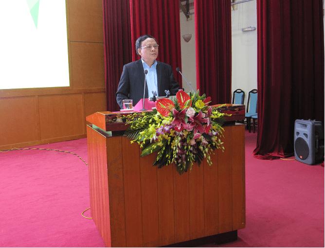 Viện trưởng PGS. TS. Lê Đức Mạnh phát biểu tại Hội nghị