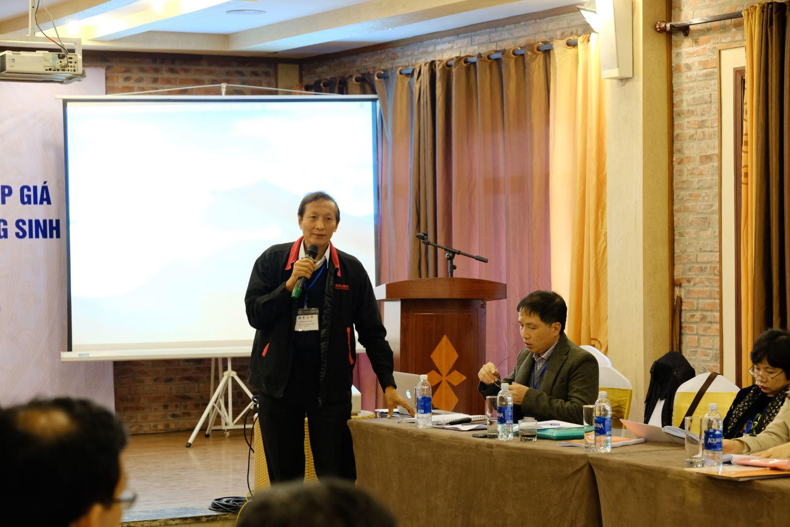 Ông Hoàng Văn Chín- Phó Giám đốc Công ty Nhiên liệu Sinh học Phương Đông chia sẻ ý kiến về sự cần thiết của các chính sách hỗ trợ của chính phủ đối với sản xuất ethanol sinh học tại Việt Nam