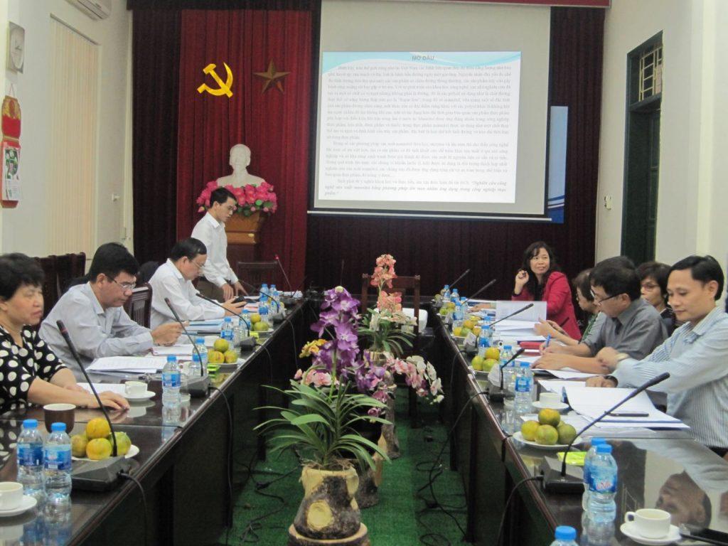 NCS Đỗ Trọng Hưng trình bày các kết quả luận án
